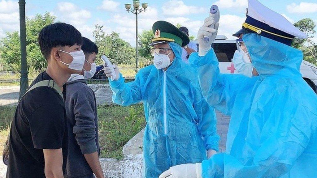 Những đối tượng được phép nhập cảnh vào Việt Nam - Ảnh 7